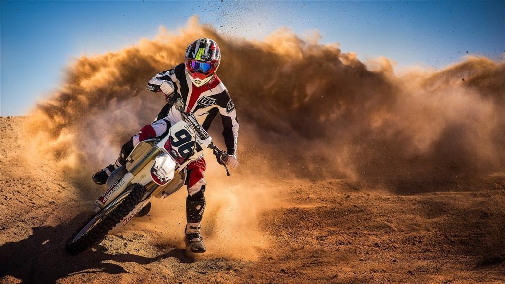 Fond D 233 Cran Motocross